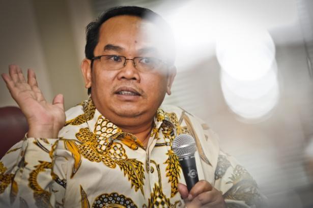 Saiful Mujani: Oposisi Semakin Melemah, Demokrasi Indonesia Alami Kemerosotan Hebat!