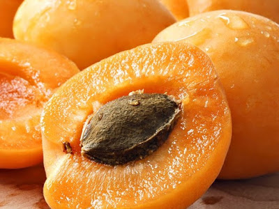 5 Cara Merawat Kecantikan Dengan Minyak Aprikot
