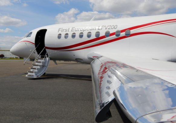 Dassault Falcon 2000LXS specs