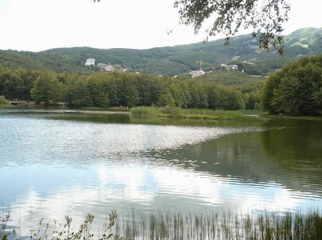 il lago Pranda al Cerreto