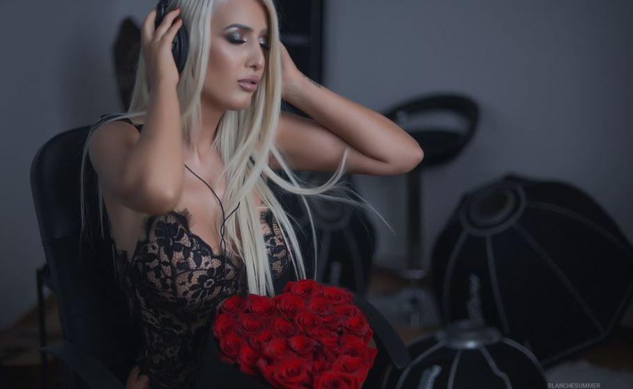BlancheSummer Model GlamourCams
