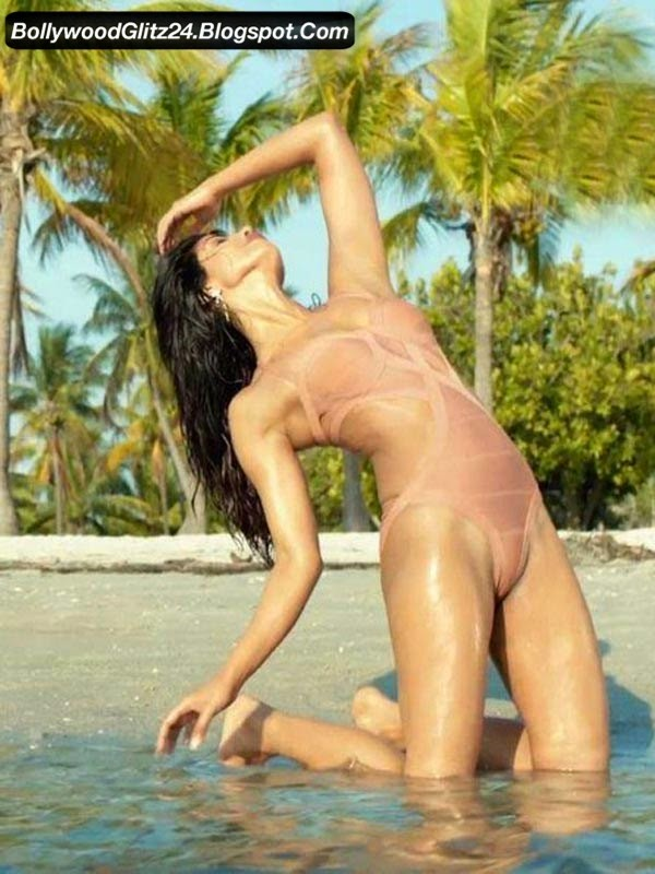 Naked Embarrassing Moments 24