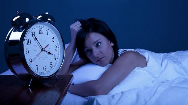 قلة النوم والخرف .. دراسة تكشف العلاقة