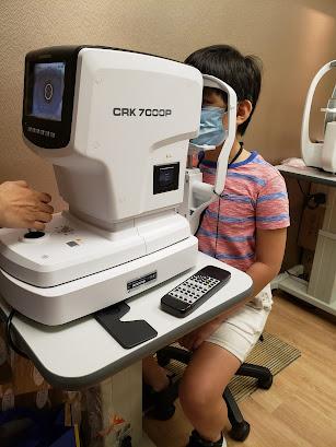 小朋友近視點控制?終於幫哥哥揀到簡單方便嘅方法控制近視