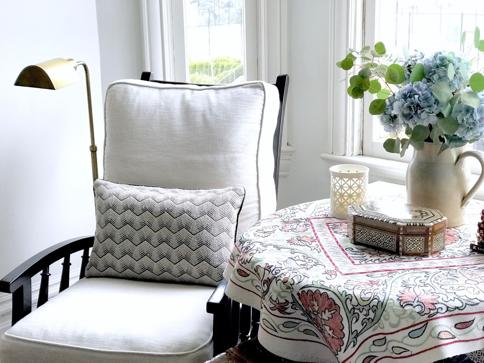 Read This Before You Buy Another Throw Pillow