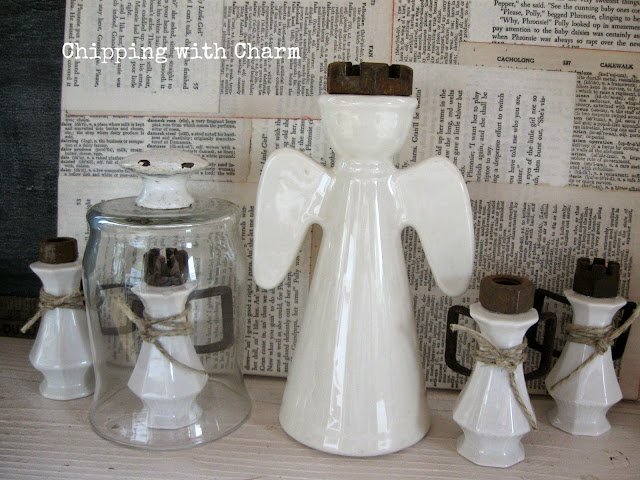 Chipping with Charm: Salt and Pepper Shaker Angels...www.chippingwithcharm.blogspot.com