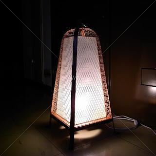 京都デザイン賞入賞の露地行灯 日本料理店のエントランスに設置される銅製の照明器具
