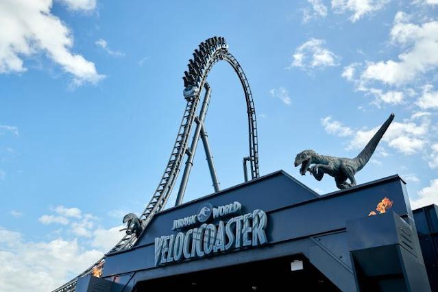 """Parque temático de Jurassic World abre la montaña rusa """"más intensa"""""""