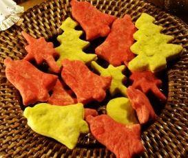 Biscoitos de Natal em formatos especiais prontos para consumo