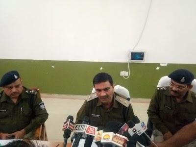 शिवपुरी पुलिस द्वारा 2 आरोपियों को अवैध हथियारों के साथ दबोचकर एक स्कार्पियो वाहन किया जप्त | Dinara News