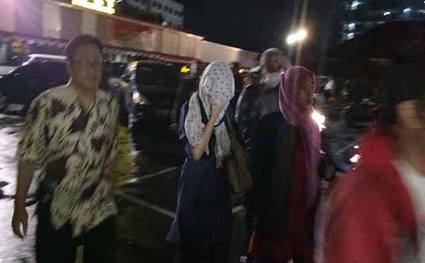 Datangi Mapolresta Depok, Istri Hermansyah Lihat Langsung Wajah Pelaku Pengeroyokan