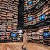 Η πιο θεατρική βιβλιοθήκη του κόσμου, σχεδιασμένη από τον Κένγκο Κούμα