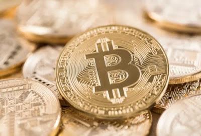 Bitcoin chegou a valer R$ 305 mil