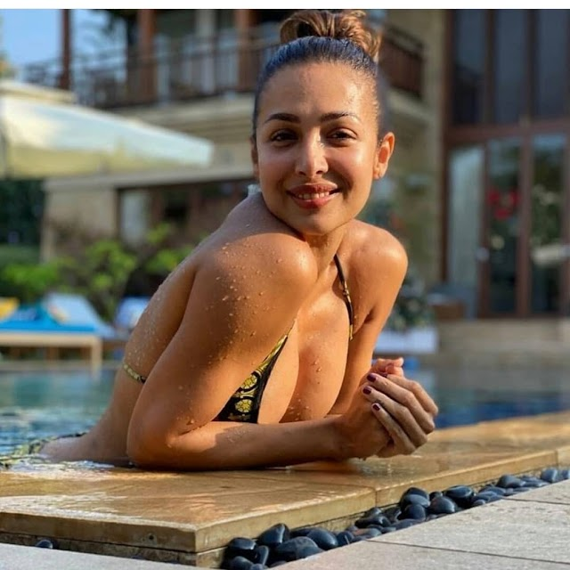 Malaika Arora is an honest to goodness 'sea shore bum' and this images is evidence!