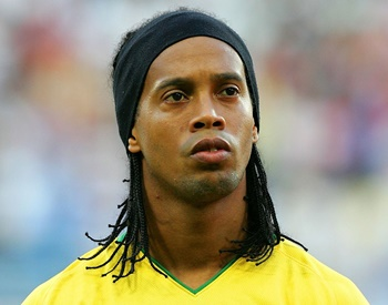 Ronaldinho Biography, Age, Height, Stats, Jersey, Net Worth, Wife, Affairs, Children, Fact & More