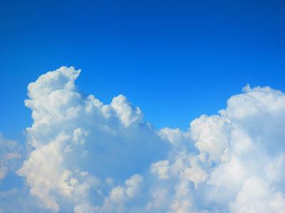 Gambar pemandangan langit HD