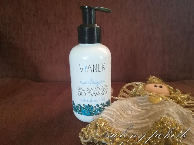 Kosmetycznie: Czy nawilżająca emulsja od Vianka dobrze oczyszcza skórę twarzy?