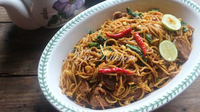 Mee Goreng Versi Azie Kitchen