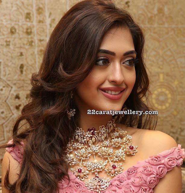 Gayatri Bharadwaj Floral Diamond Choker