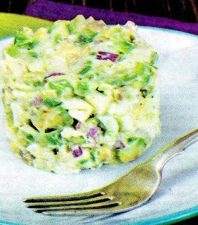 salat-iz-avokado-i-yaic