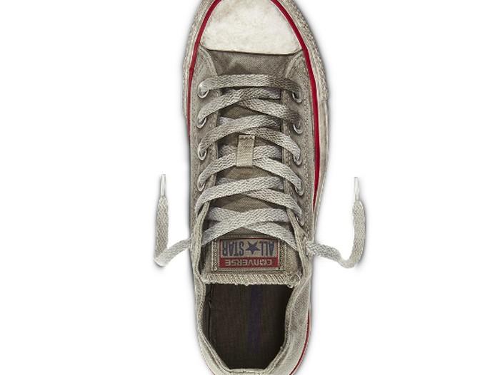 Penampakan Sepatu Ini Terlihat Lusuh dan Kotor, tapi Harganya Jutaan,  naviri.org, Naviri Magazine, naviri majalah, naviri