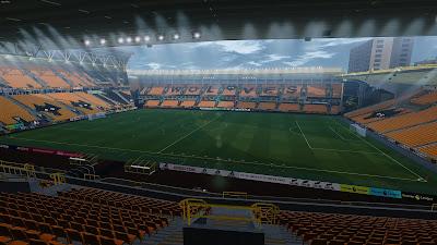 PES 2021 Stadium Molineux