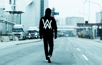 """Lirik Lagu Alan Walker - Darkside"""
