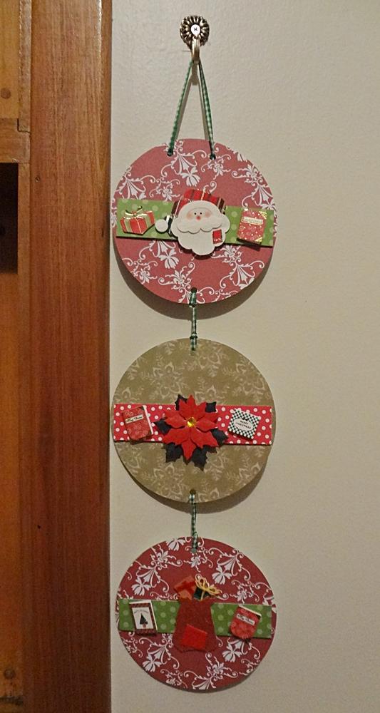 Armario Oficina Puerta Persiana ~ Mania de Artesanato Enfeite de natal de scrapbook com cds usados