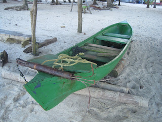 Belize dugout canoe with removable foredeck