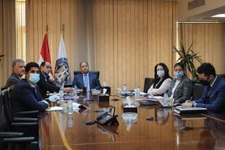 وزير المالية: الأولوية لتحفيز الإستثمار بقطاعات النقل والغاز الطبيعى والبترول