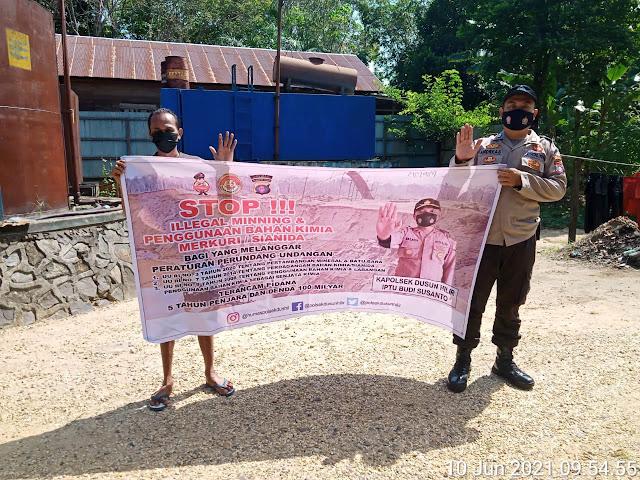 Sampaikan Larangan Illegal Mining, Bripka Andreas Gencar Laksanakan Patroli Dialogis
