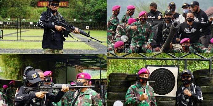 "Show Force Ustadz Abdul Somad, ""Berani Sakiti Ulama Berhadapan Dengan TNI!"""