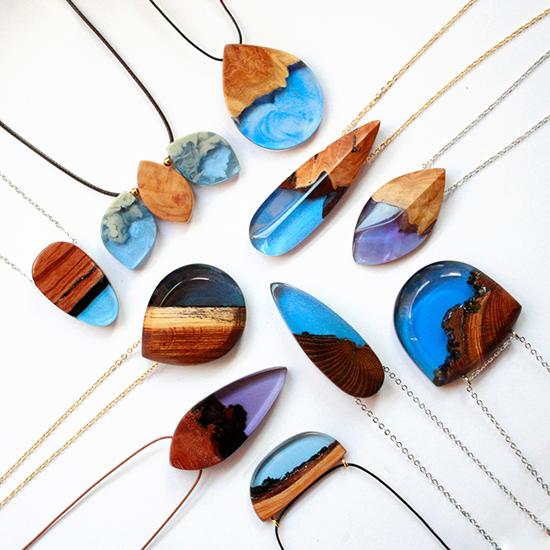 berbagai kreasi kalung unik dari epoxy resin