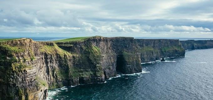 IRLANDA: verde esmeralda, verde esperança.