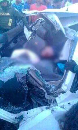 Tres muertos y dos heridos en violento accidente en Sincerín