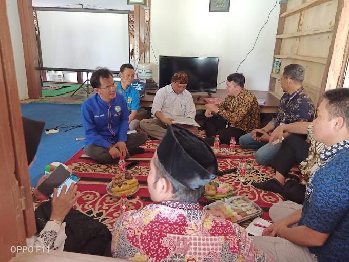 Tim Verifikasi Lomba Desa Wisata Nusantara Meninjau Desa Hegarmukti