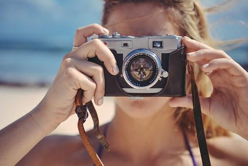 Cerpen Pendek Aksesoris Kamera