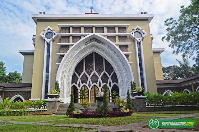 masjid umk