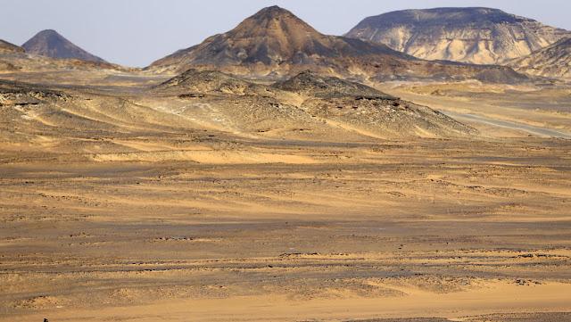 Descubren en Egipto un nuevo yacimiento de oro con reservas de más de 28.000 kilogramos