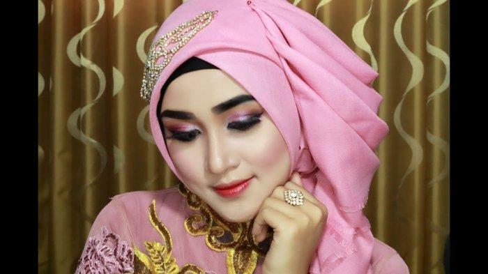 model jilbab pesta mewah