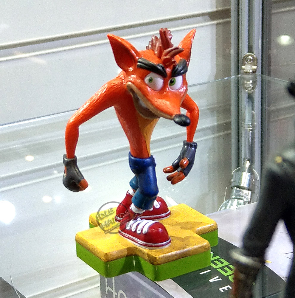 Crash Game Toy : Idle hands toy fair the playstation totaku collection