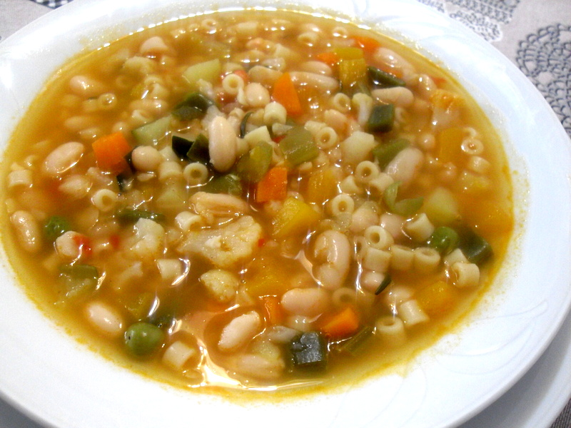 Sopa minestrone.