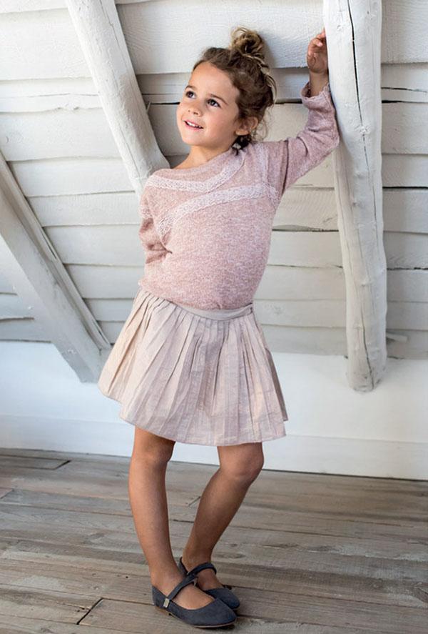 Moda otoño invierno 2018 para nenas. Faldas y blusas de nenas invierno 2018.