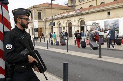 France Arrest