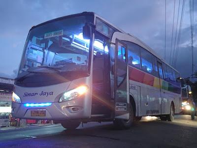 Foto Bus Sinar Jaya Malam Jakarta Wonosobo