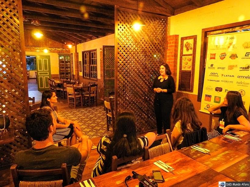 Rubia Ramos na Bodega do Zeca de Nova Veneza - onde comer em Veneza