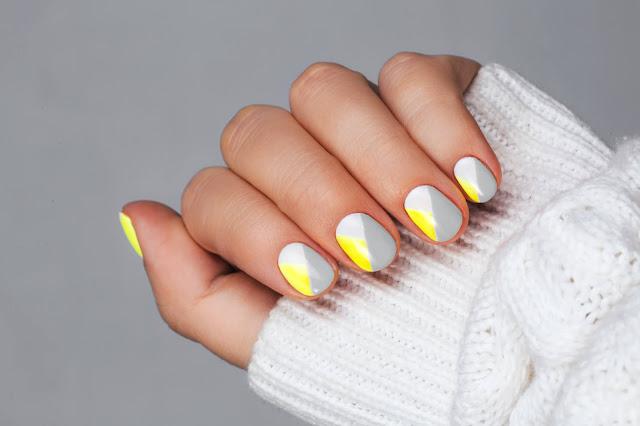 nail-art-Decoração-Ultimate-Gray-e-Illuminating-pantone-2021
