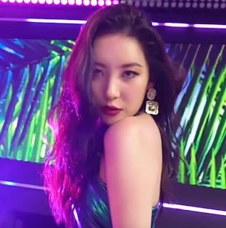SunMi 'TAIL' on Music Core