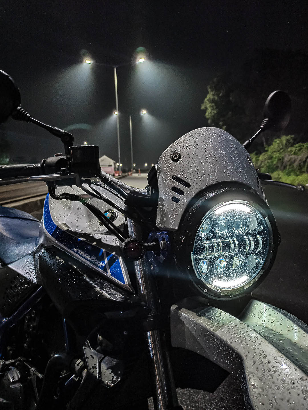 Headlamp Daymaker Yamaha MT25 Scrambler 2