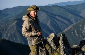 как Путин собирал грибы с Шойгу и раздавал квартиры шахтерам